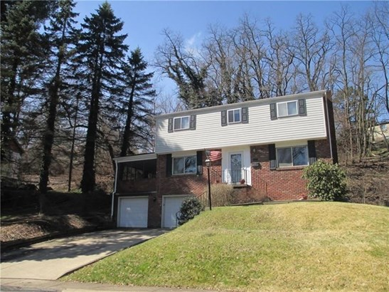 160 Tanglewood Drive, Forest Hills, PA - USA (photo 1)