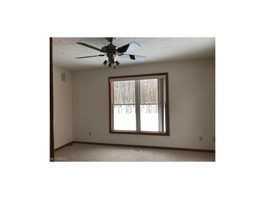 15560 Roxboro Dr 25, Middleburg Heights, OH - USA (photo 4)