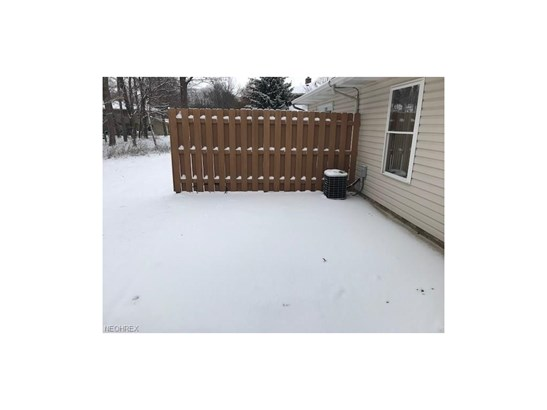 15560 Roxboro Dr 25, Middleburg Heights, OH - USA (photo 5)