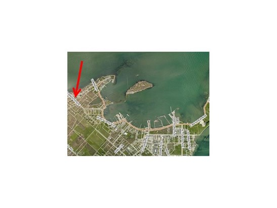 Portsmouth Ave, Put In Bay, OH - USA (photo 4)