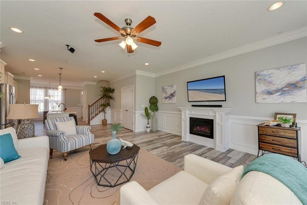 1009 E Ocean View Ave, Norfolk, VA - USA (photo 2)
