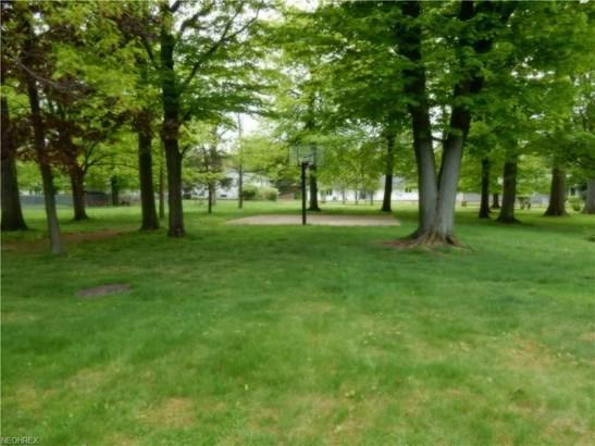 4846 Monticello Blvd, Richmond Heights, OH - USA (photo 2)
