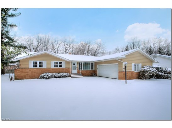 1064 Rose Blvd, Highland Heights, OH - USA (photo 1)