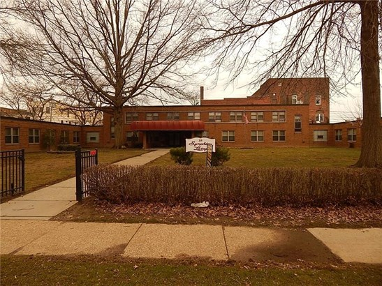 319-325 Washington Avenue West 45, Chadwick Bay, NY - USA (photo 1)