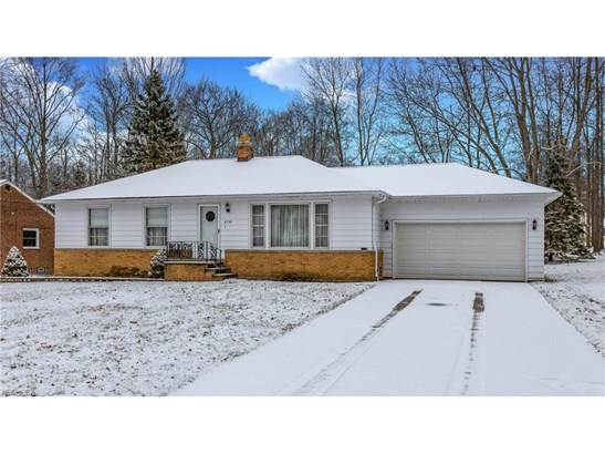 6760 Seneca Rd, Mayfield Village, OH - USA (photo 1)