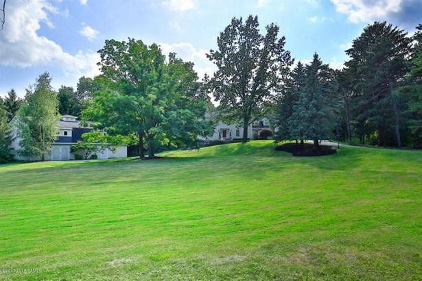 124 Maxwell, Colonie, NY - USA (photo 2)
