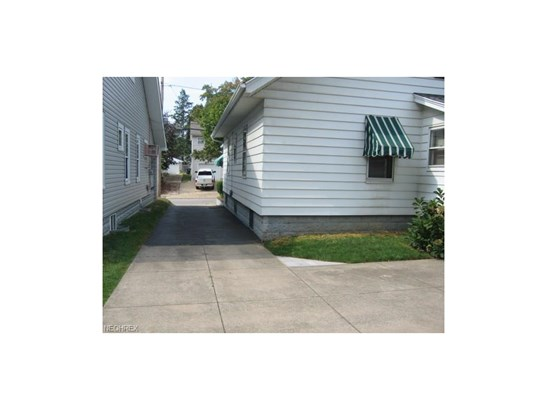 1089 Linden Ave, Akron, OH - USA (photo 3)