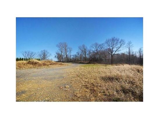5017 Silent Meadow Dr, Glenshaw, PA - USA (photo 2)