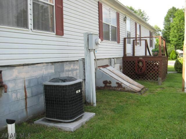 108 Dively Alley, Manns Choice, PA - USA (photo 4)