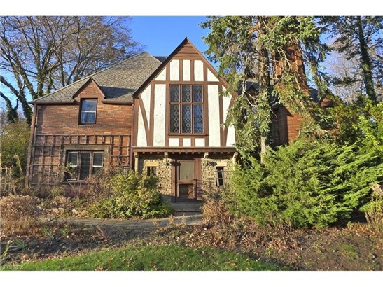 17461 Shelburne Rd, Cleveland Heights, OH - USA (photo 1)