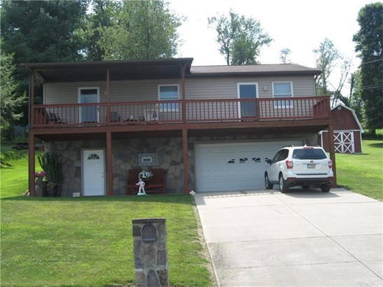 324 Clay Ave, Mount Pleasant, PA - USA (photo 1)