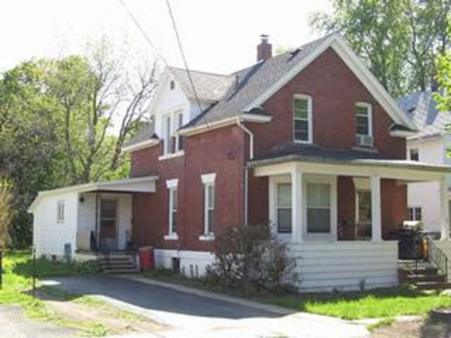75 Cushing Street, Fredonia, NY - USA (photo 1)
