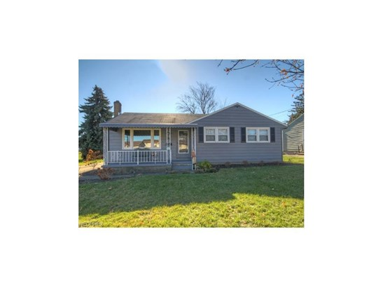610 Creed St, Struthers, OH - USA (photo 1)