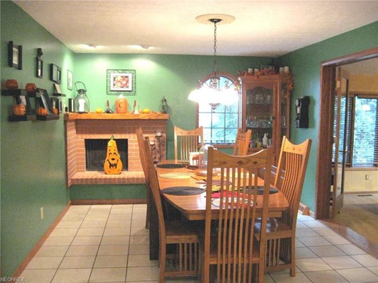 693 Hidden Valley Dr, Wadsworth, OH - USA (photo 5)