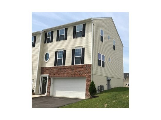 372 Sunrise Dr, Carnegie, PA - USA (photo 1)