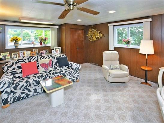 1423 Fawcett Ave, White Oak, PA - USA (photo 3)