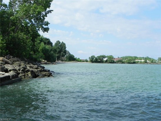 319 Overlook Park Dr, Cleveland, OH - USA (photo 2)