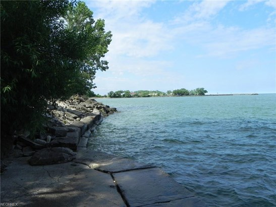 319 Overlook Park Dr, Cleveland, OH - USA (photo 3)