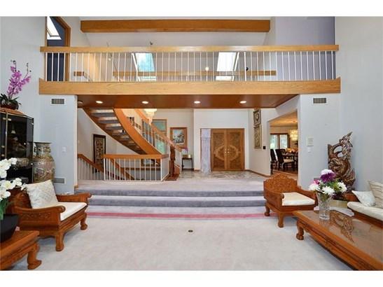 232 Springhouse Dr, Jefferson Hills, PA - USA (photo 2)