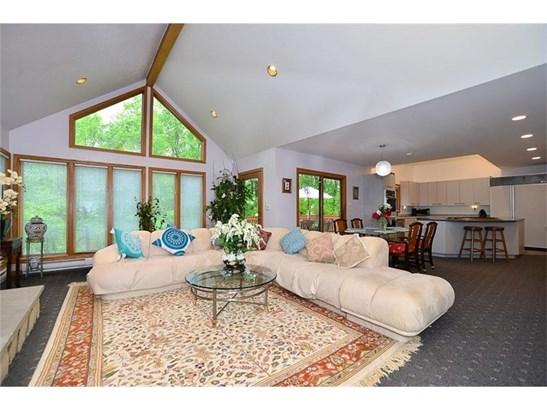 232 Springhouse Dr, Jefferson Hills, PA - USA (photo 3)