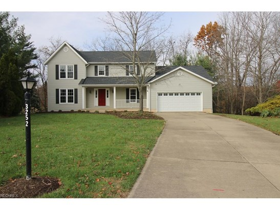 3252 Carriage Way, Stow, OH - USA (photo 2)