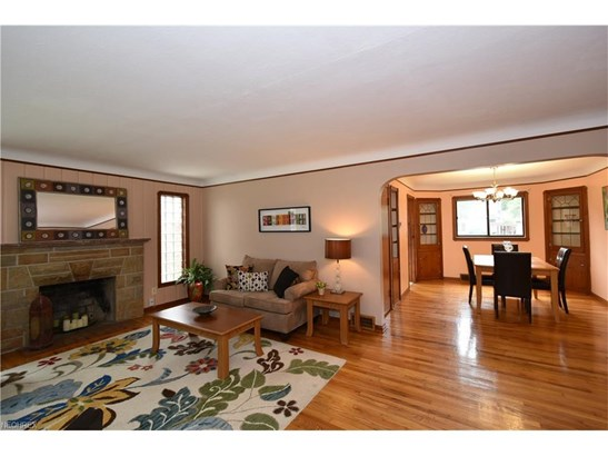 19745 Henry Rd, Fairview Park, OH - USA (photo 3)