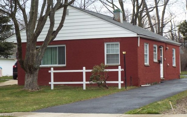 1181 Summit Dr, Mayfield Heights, OH - USA (photo 1)
