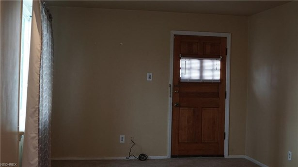 1181 Summit Dr, Mayfield Heights, OH - USA (photo 3)