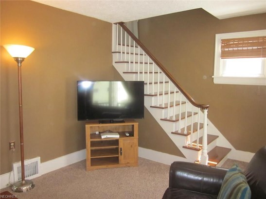 553 Clifford Ave, Akron, OH - USA (photo 4)