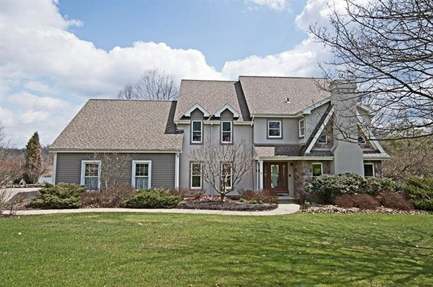1010 Old Orchard Dr, Gibsonia, PA - USA (photo 1)