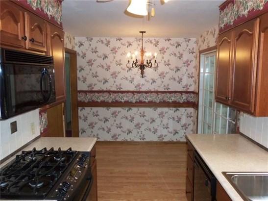828 Shady Ave, Sharon, PA - USA (photo 2)