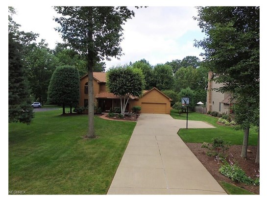 2655 Oak Forest Dr, Niles, OH - USA (photo 3)