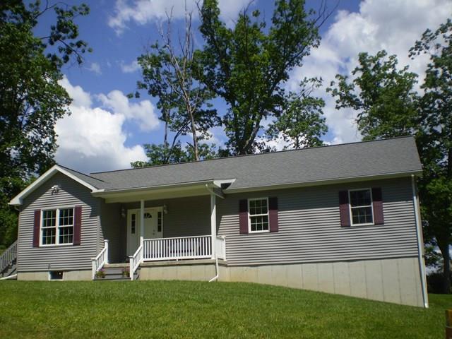 704 Ferndell Dr., Elmira, NY - USA (photo 1)