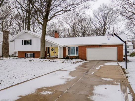 4590 Concord Dr, Fairview Park, OH - USA (photo 1)