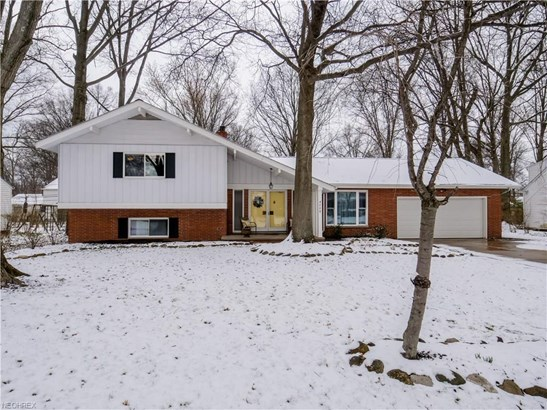 4590 Concord Dr, Fairview Park, OH - USA (photo 2)