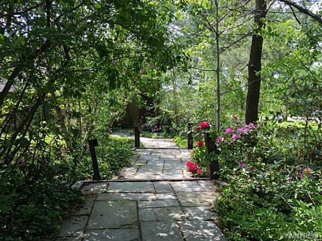 6745 Chestnut Ridge Road, Orchard Park, NY - USA (photo 2)