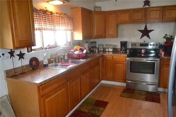 459 Bow St, Stockdale, PA - USA (photo 2)