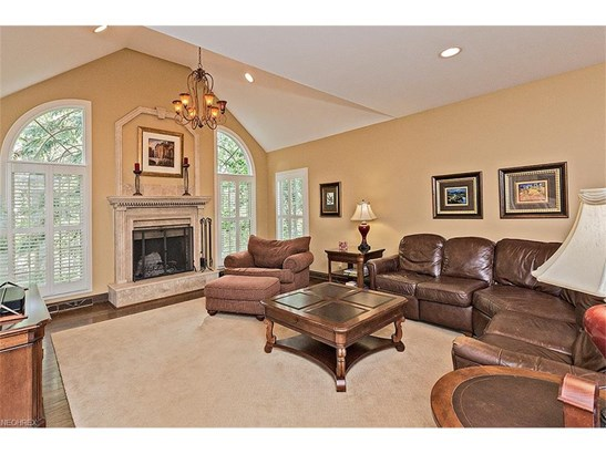17361 Owls Hollow Ln, Chagrin Falls, OH - USA (photo 3)