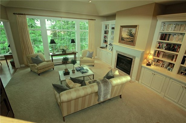 4 Grandhill Way, Pittsford, NY - USA (photo 4)