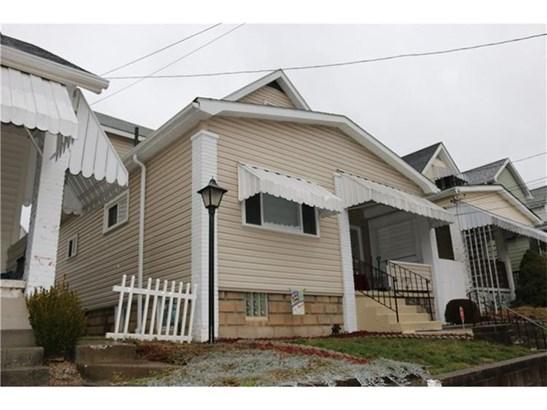 1021 Bernadina Ave, Ambridge, PA - USA (photo 1)