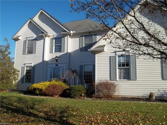 810 Red Tailed Ln, Amherst, OH - USA (photo 1)