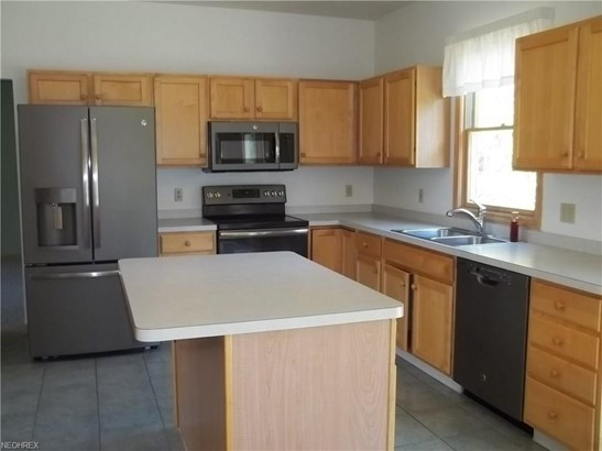810 Red Tailed Ln, Amherst, OH - USA (photo 3)