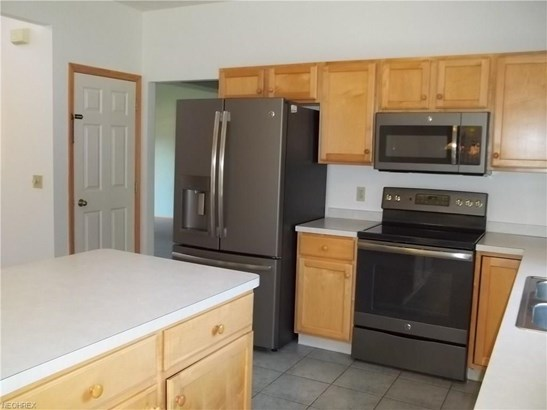 810 Red Tailed Ln, Amherst, OH - USA (photo 4)