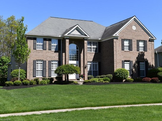 18411 Stony Point Dr, Strongsville, OH - USA (photo 1)