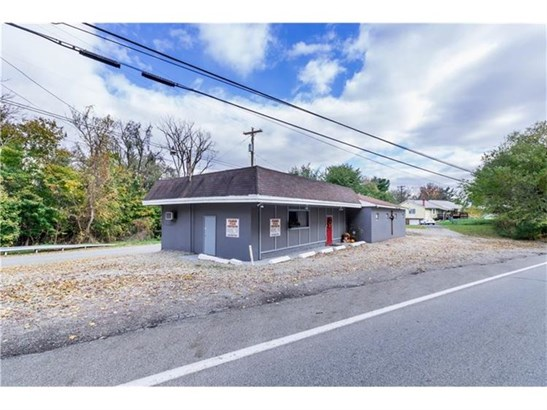 6497 National Pike, Brier Hill, PA - USA (photo 3)