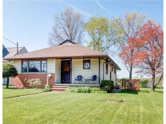 1036 Worden Rd, Wickliffe, OH - USA (photo 1)