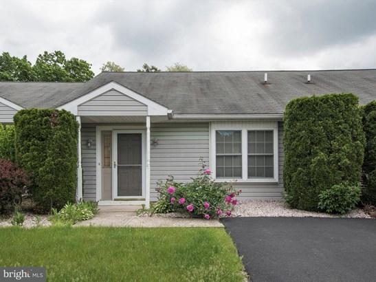 2413 Chadwick Ct, Harrisburg, PA - USA (photo 1)