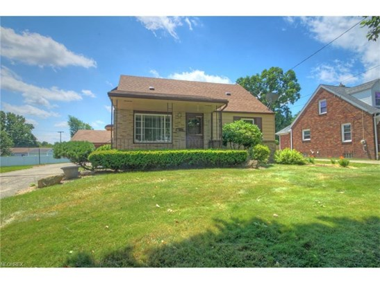36 Renee Dr, Struthers, OH - USA (photo 2)
