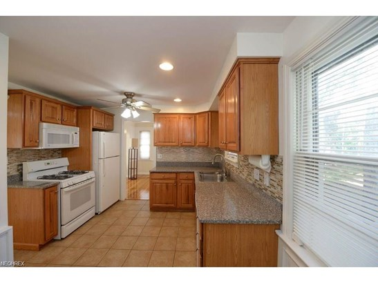 4883 Westbourne Rd, Lyndhurst, OH - USA (photo 5)