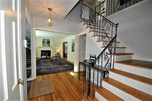 2676 Wrenford Rd, Shaker Heights, OH - USA (photo 2)